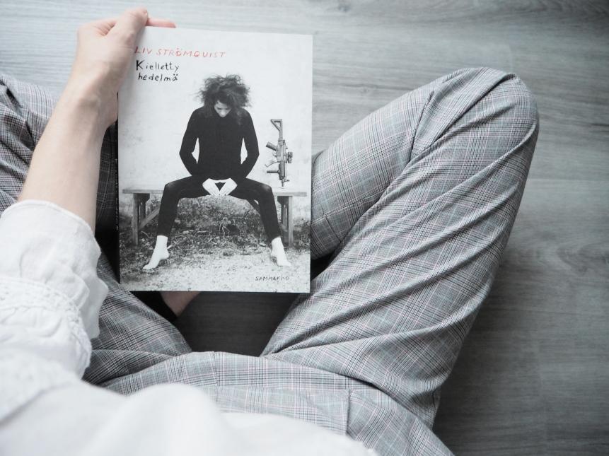 liv strömquist kielletty hedelmä kirjablogi arvostelu
